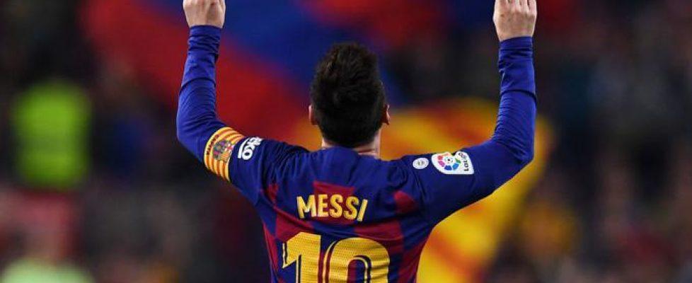messi_celebra_uno_de_sus_goles_contra_el_valladolid__001