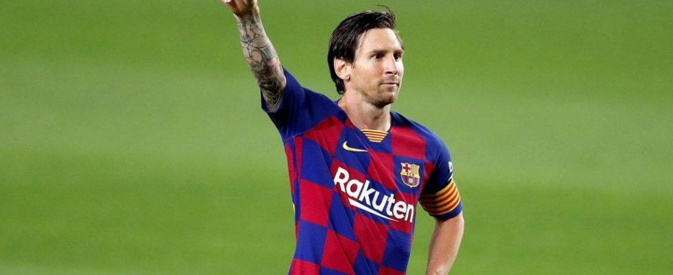 Leo Messi celebrando el gol.