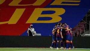 Celebrando el gol de Luis Suárez.