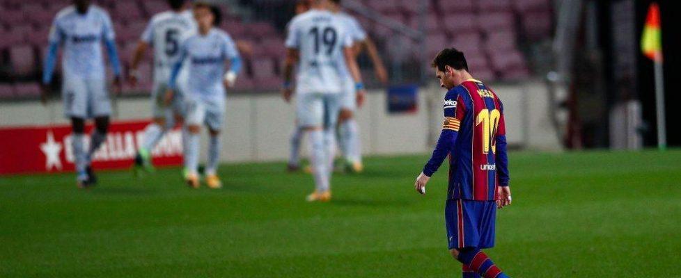 Messi vuelve a terminar agachando la cabeza