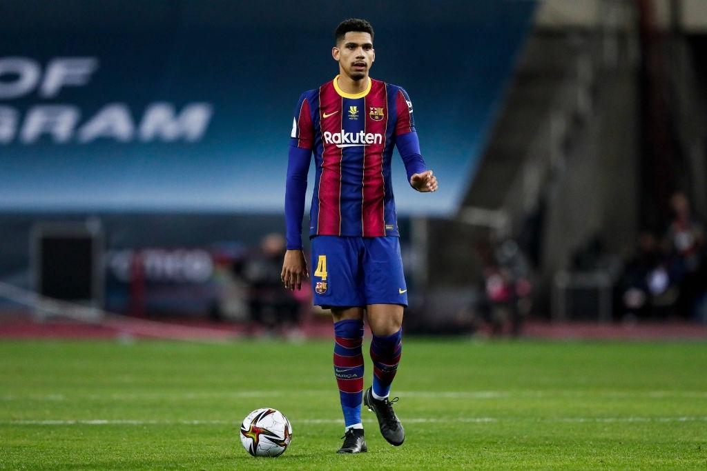 Ronald Araujo durante la final de la Supercopa. Fuente: Getty Images