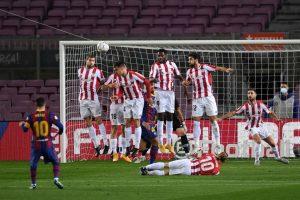 Messi adelanta al Barça con un gol de falta directa. Fuente: Getty Images