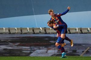 Griezmann y De Jong celebran un gol. Fuente: Getty Images